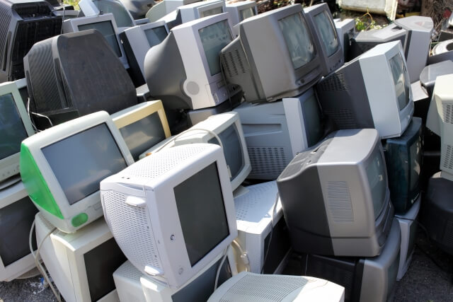パソコンを廃棄する場合は産廃業者を利用するべき?PCリサイクルマークとは?